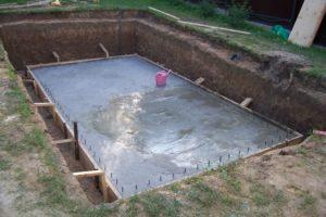 Как построить бассейн своими руками: советы и рекомендации. Строим бассейн на даче. Особенности строительства бассейнов. Инструкция по строительству бассейна на даче