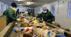 Переработка мусора как бизнес с нуля - как открыть завод по переработке мусора